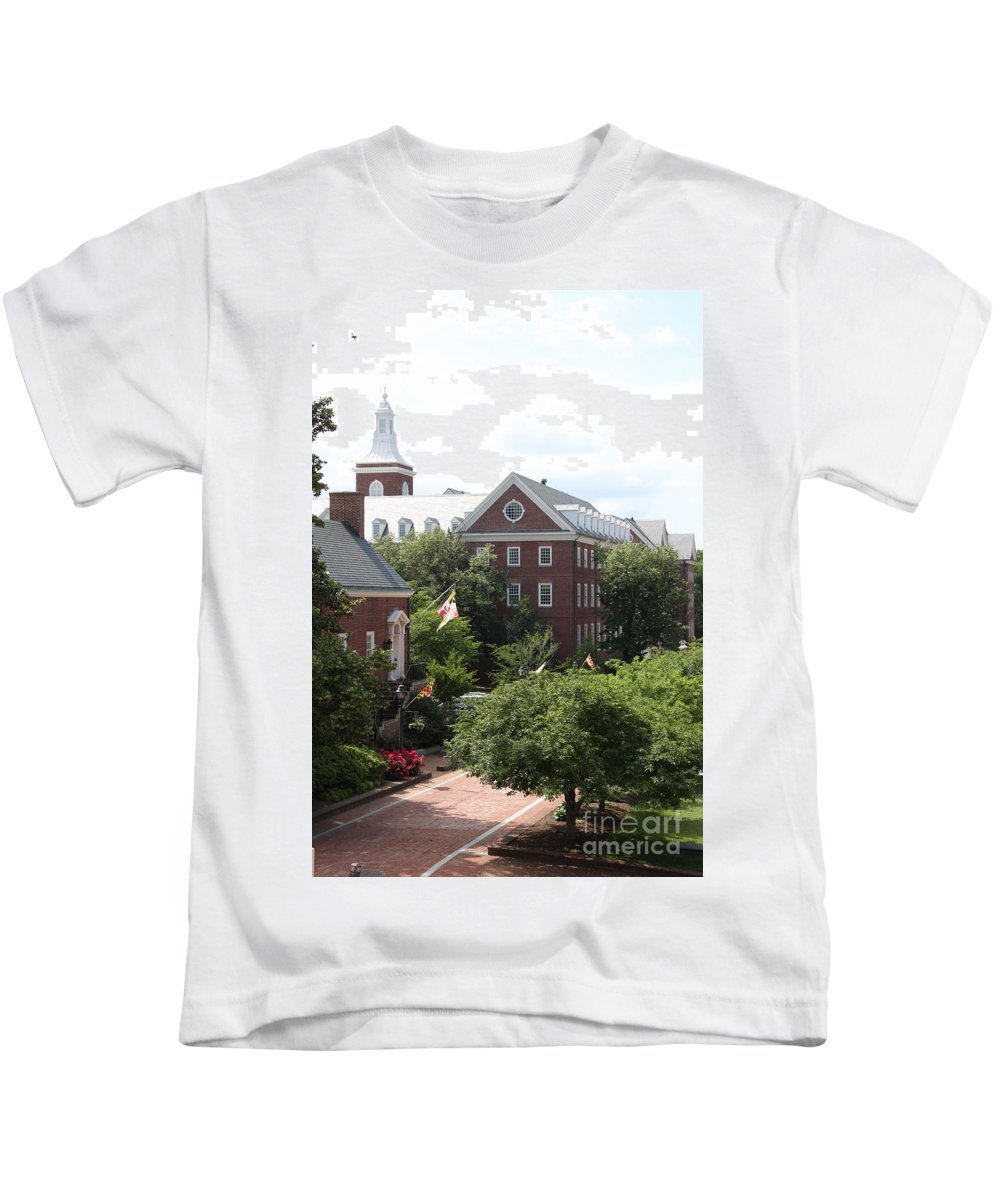House Kids T-Shirt featuring the photograph Idyllic View From Maryland State House by Christiane Schulze Art And Photography