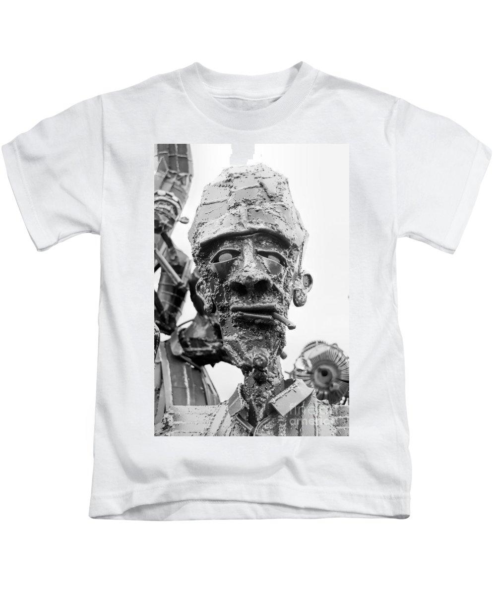 Brakewell Steel Kids T-Shirt featuring the photograph Joe by Rick Kuperberg Sr