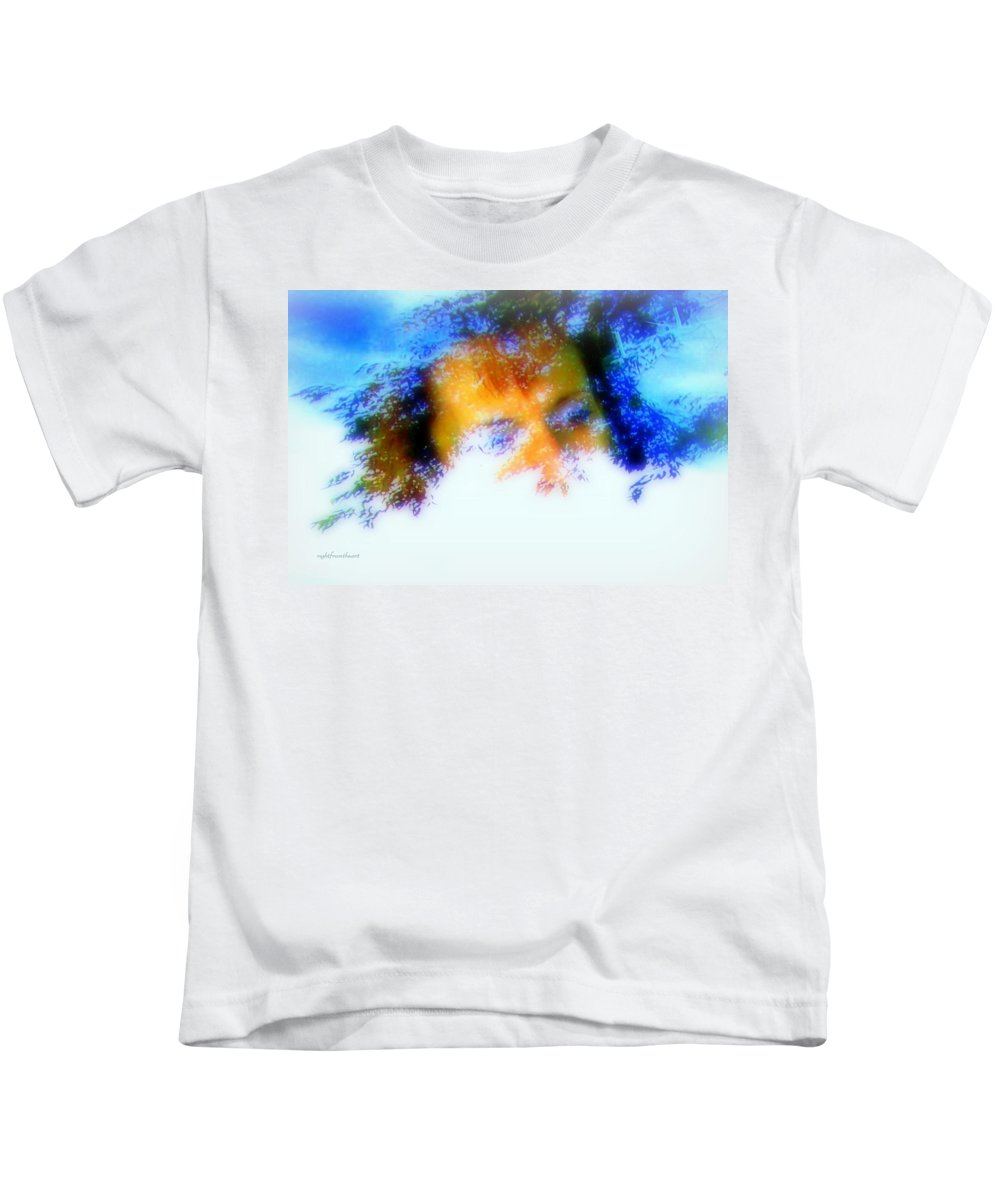 Abstract Kids T-Shirt featuring the photograph A Face To Call Home by Bob and Kathy Frank