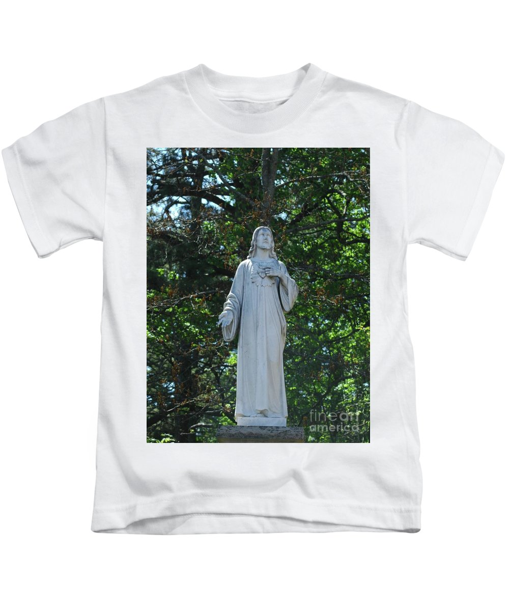 Jesus Kids T-Shirt featuring the photograph King Of Kings by Kathleen Struckle