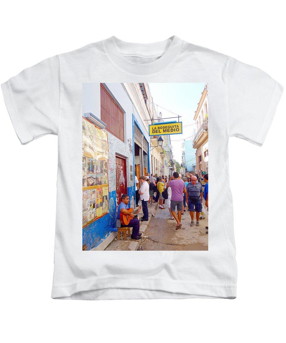 La Bodeguita Del Medio Kids T-Shirt featuring the photograph La Bodeguita Del Medio by Valentino Visentini