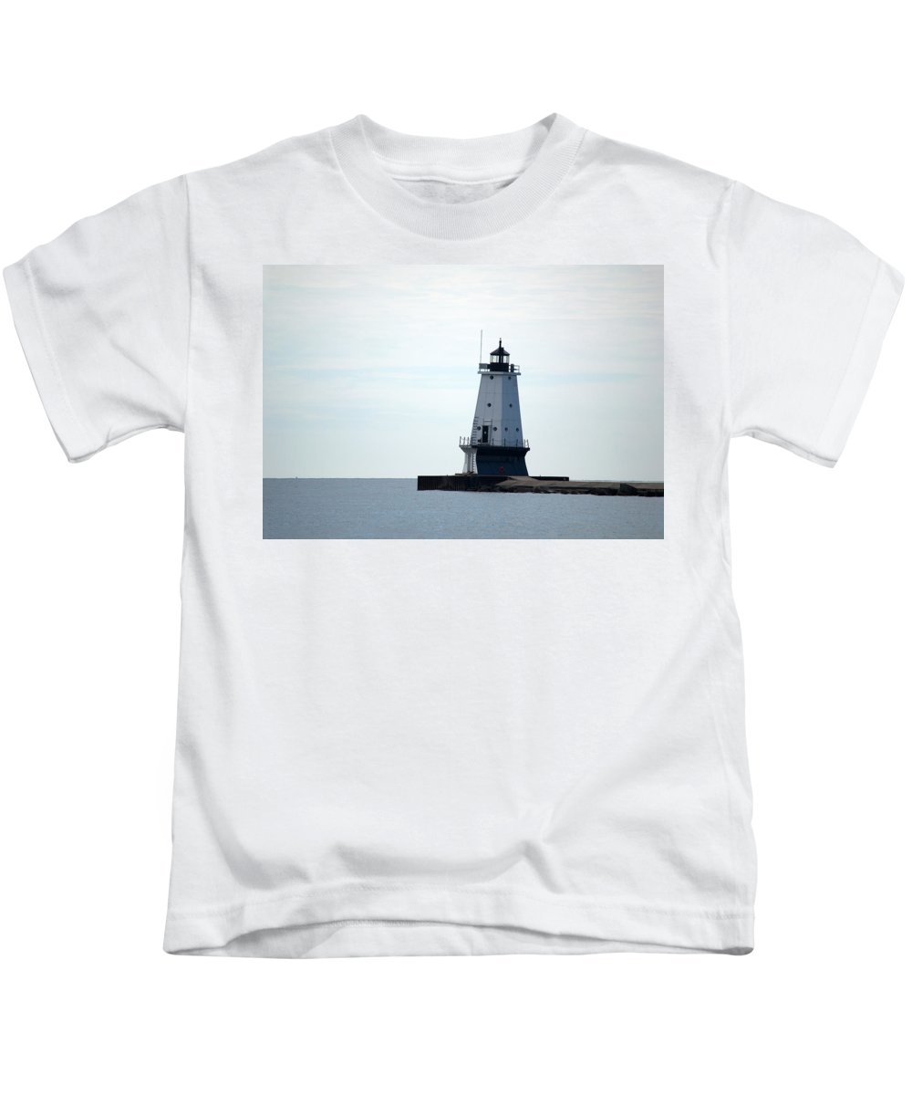Great Lakes Kids T-Shirt featuring the photograph Leading The Way by Linda Kerkau
