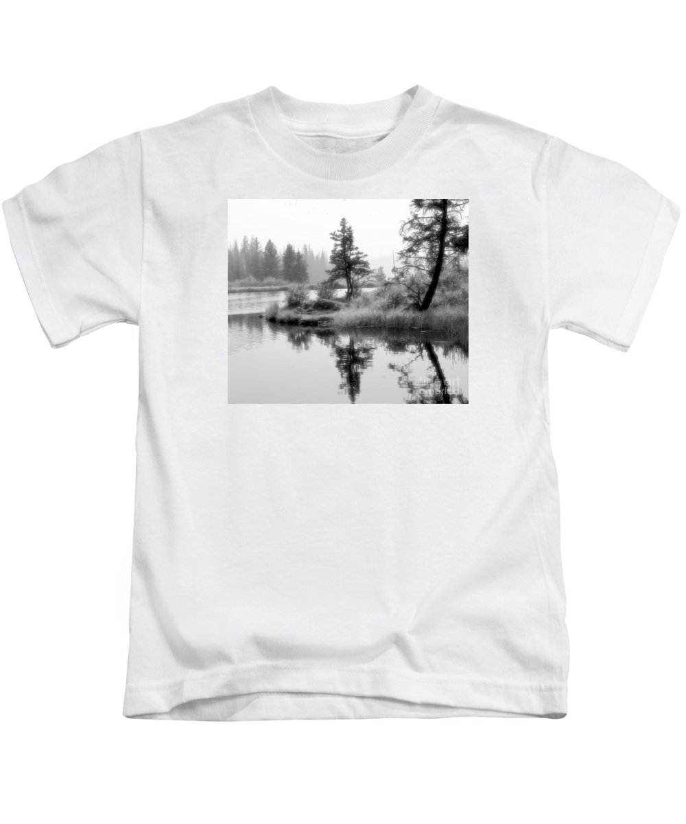 Islands Kids T-Shirt featuring the photograph Misty Isle by Roland Stanke