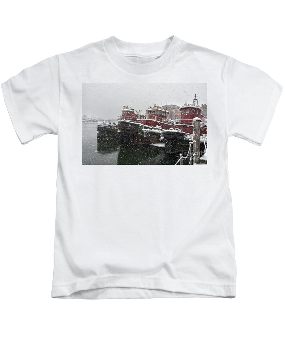 Portsmouth Nh Kids T-Shirt featuring the photograph Moran Towing by Scott Thorp
