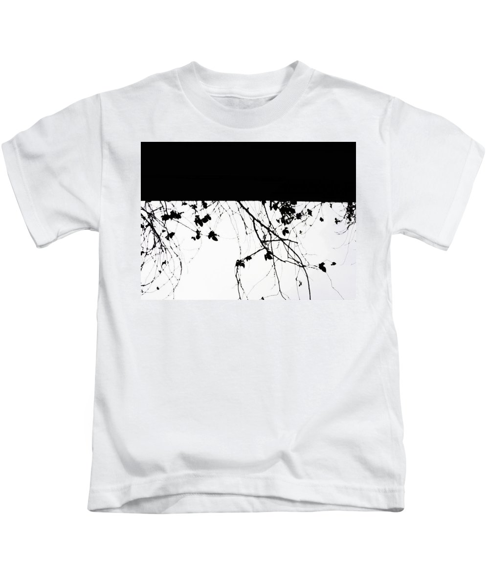 Canon Kids T-Shirt featuring the photograph Oil Painting - Small Plant Branches Falling Over A Ledge - Horizontal by Ashish Agarwal