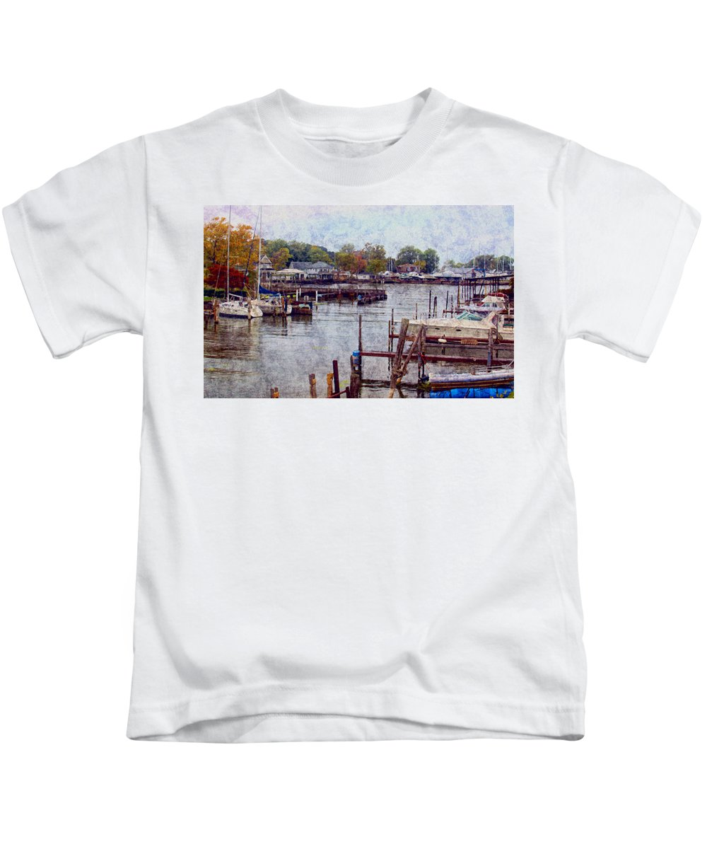 Olcott Beach. Lake Ontario N.y. Lake Kids T-Shirt featuring the photograph Olcott by Tammy Espino