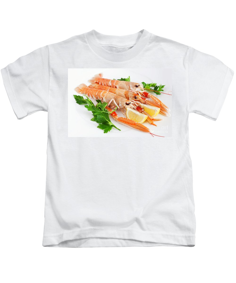 Appetizer Kids T-Shirt featuring the photograph Prawns With Lemon And Parsley by Antonio Scarpi