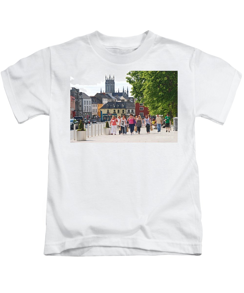 Cityscape Kids T-Shirt featuring the photograph Shopping Trip by Mary Carol Story