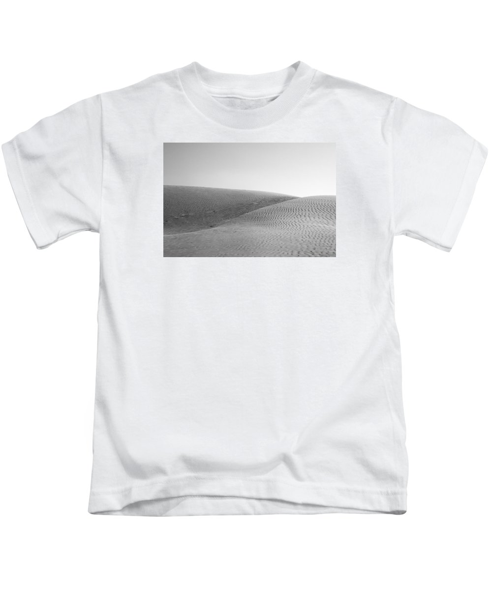 Graceful Kids T-Shirt featuring the photograph Skn 1413 The Graceful Split by Sunil Kapadia