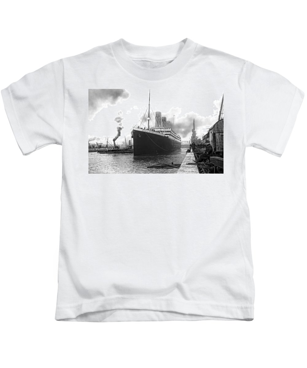 Titanic Kids T-Shirt featuring the photograph Titanic In Southampton Harbor by Daniel Hagerman