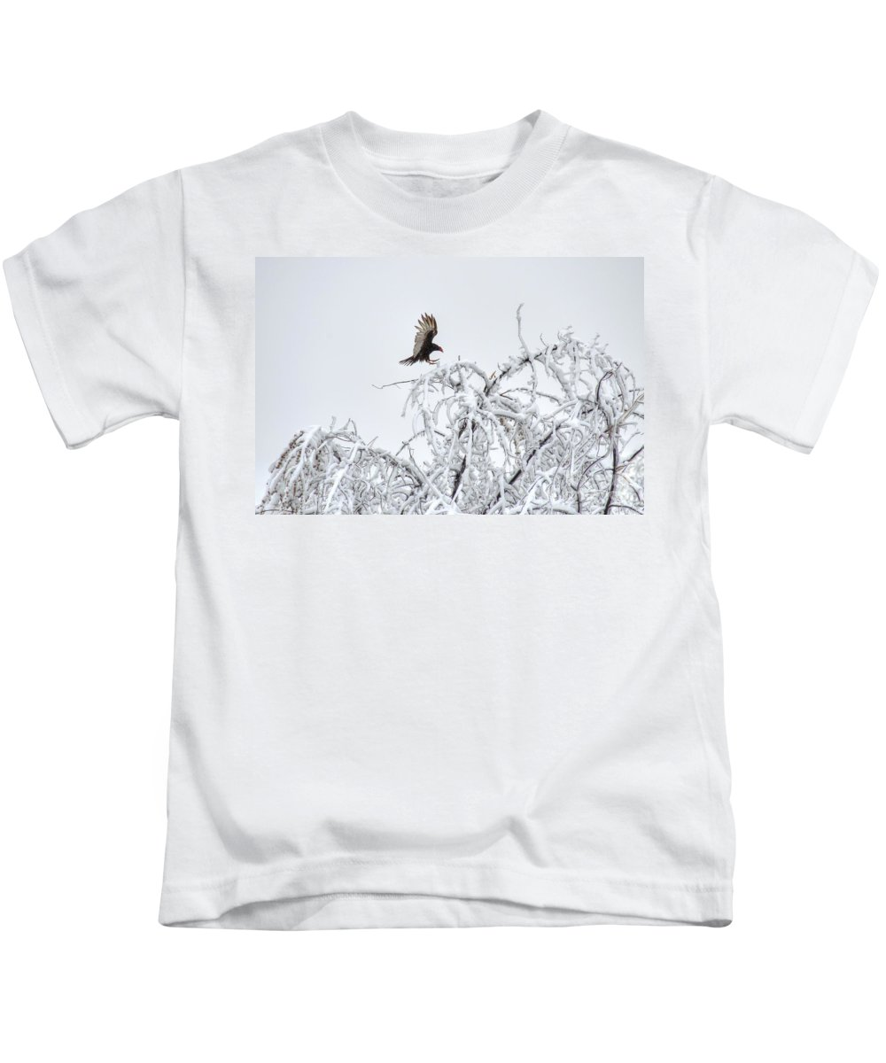 Turkey Vulture Kids T-Shirt featuring the photograph Turkey Vulture In The Snow by M Dale