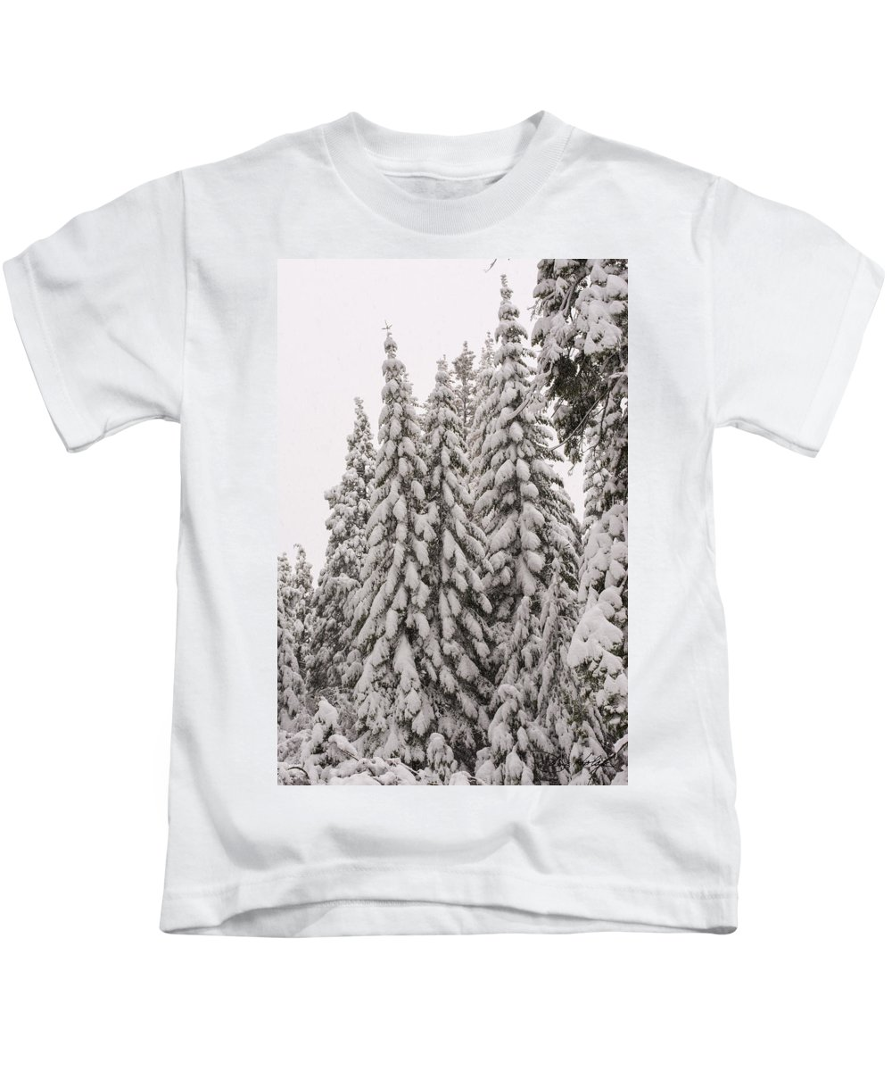 Shaver Lake Kids T-Shirt featuring the photograph Wnter Snow At Shaver Lake by Doug Holck