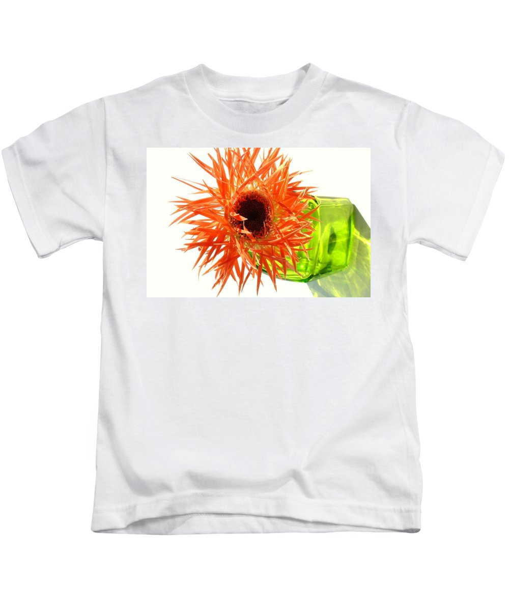 Gerbera Photographs Kids T-Shirt featuring the photograph 0690c-003 by Kimberlie Gerner
