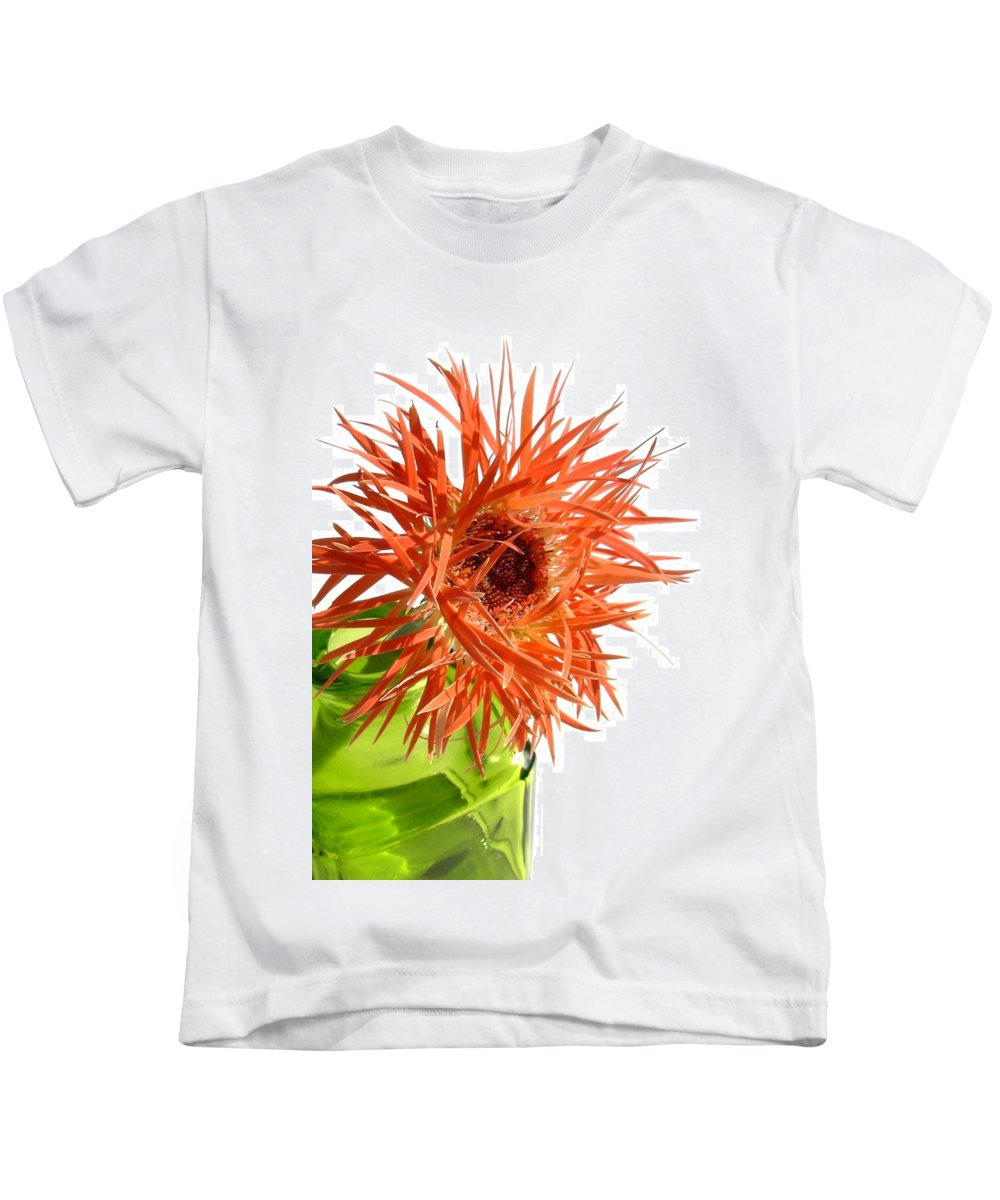 Gerbera Photographs Kids T-Shirt featuring the photograph 0694c-002 by Kimberlie Gerner