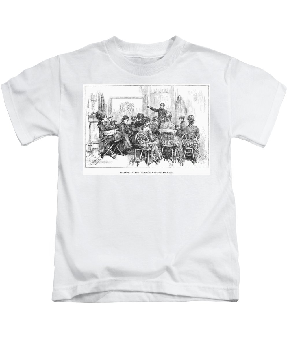 1882 Kids T-Shirt featuring the photograph New York: Medical College by Granger