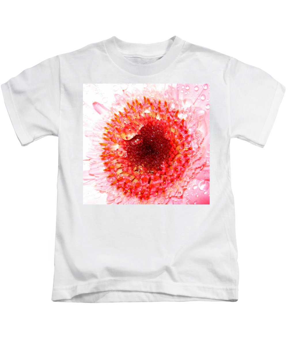 Gerbera Photographs Kids T-Shirt featuring the photograph 1049-2 by Kimberlie Gerner
