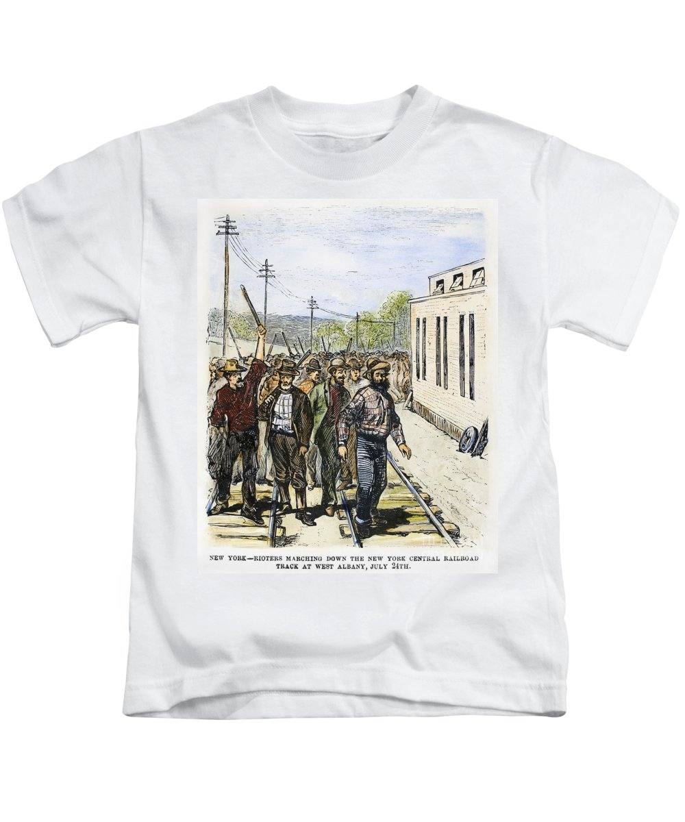 1877 Kids T-Shirt featuring the photograph Great Railroad Strike, 1877 by Granger