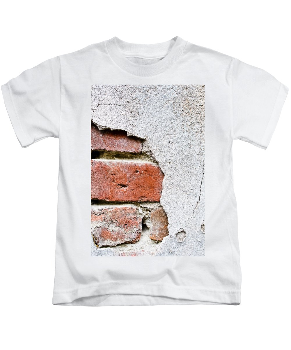 Abstract Kids T-Shirt featuring the photograph Abstract Brick Wall II by Ray Laskowitz