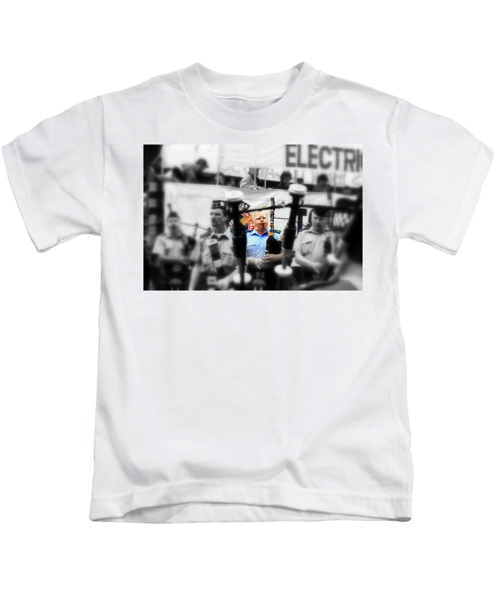 Bagpipe Kids T-Shirt featuring the photograph Bagpiper by Valentino Visentini