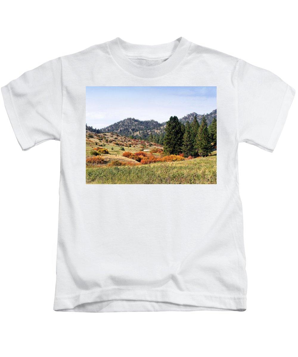 Deerborn Montana Kids T-Shirt featuring the photograph Deerborn Fall by Susan Kinney