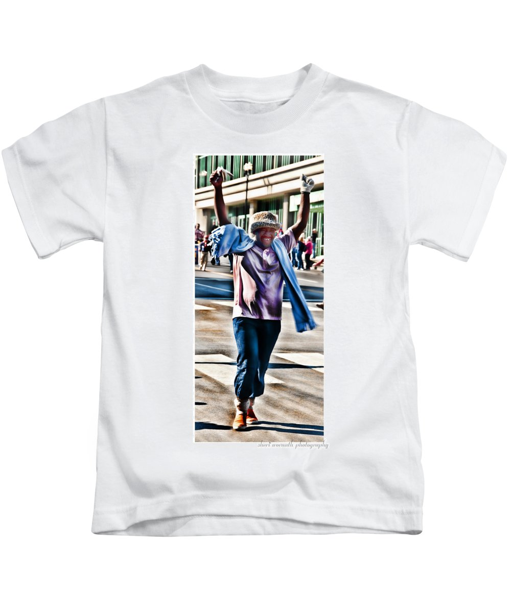 Parade Kids T-Shirt featuring the photograph Flamboyant Fan by Sheri Bartoszek
