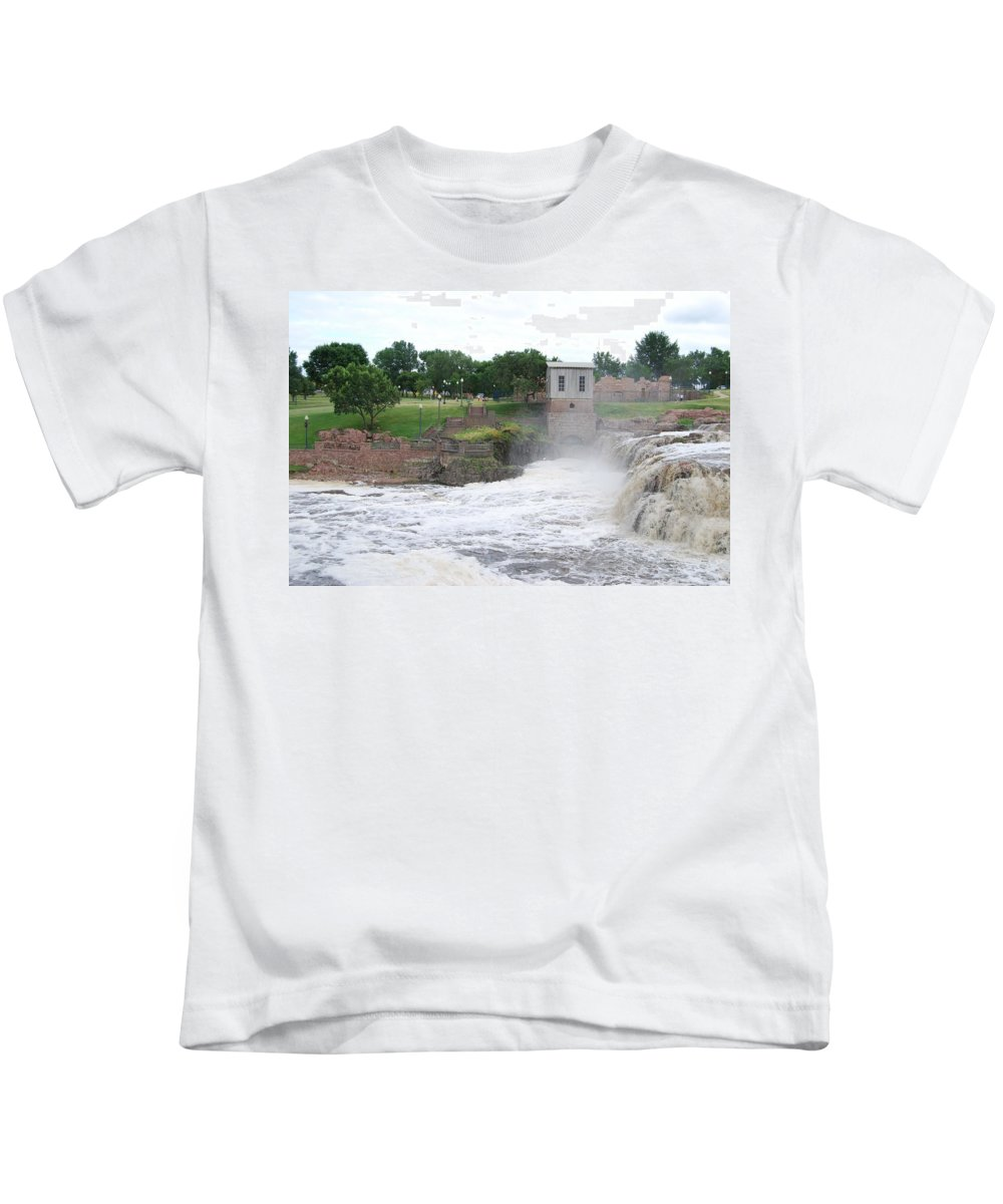Waterfall Kids T-Shirt featuring the photograph Fury Of The Falls by Judy Hall-Folde