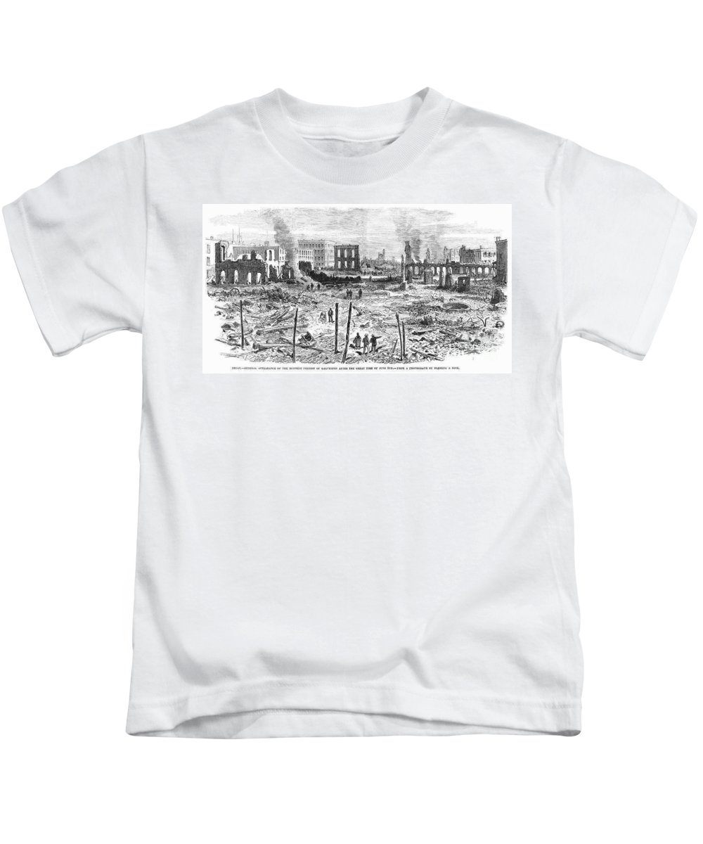 1877 Kids T-Shirt featuring the photograph Galveston: Fire, 1877 by Granger
