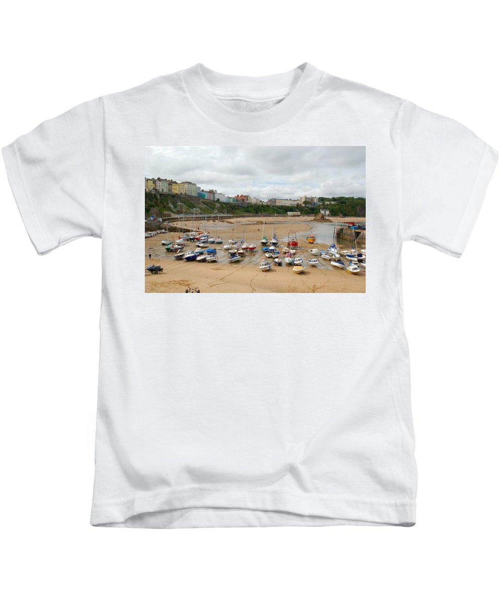 Low Tide Kids T-Shirt featuring the photograph Low Tide At Tenby by Tam Ryan