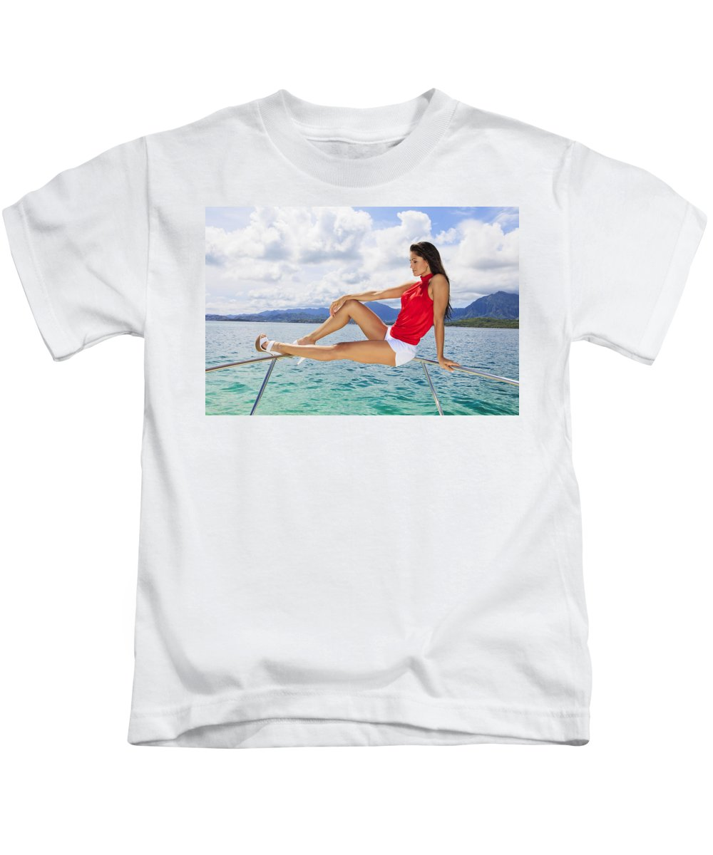 Attractive Kids T-Shirt featuring the photograph Model At Kaneohe Bay by Tomas del Amo - Printscapes