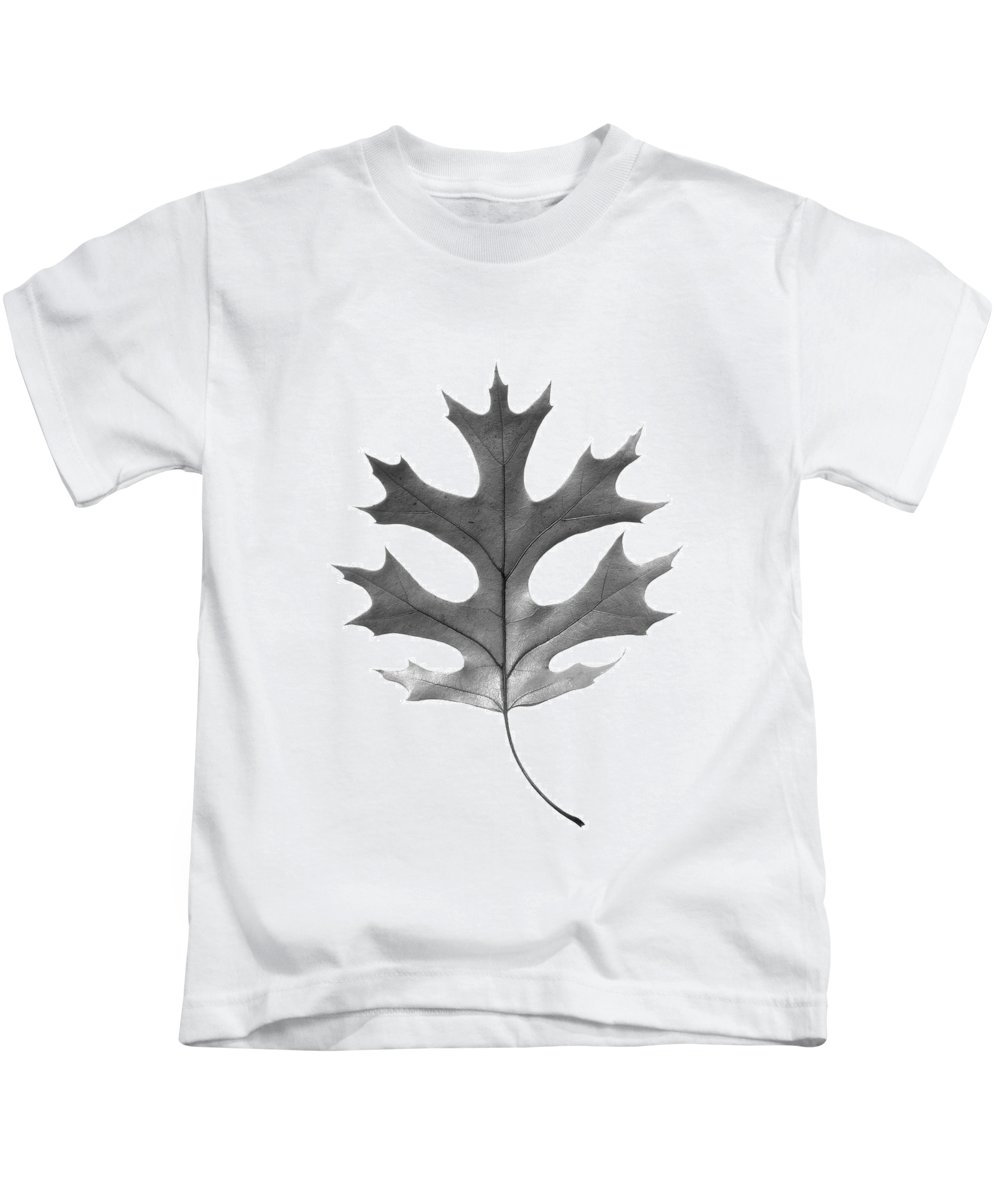 Autumn Kids T-Shirt featuring the photograph Red Oak Leaf by Jason Smith