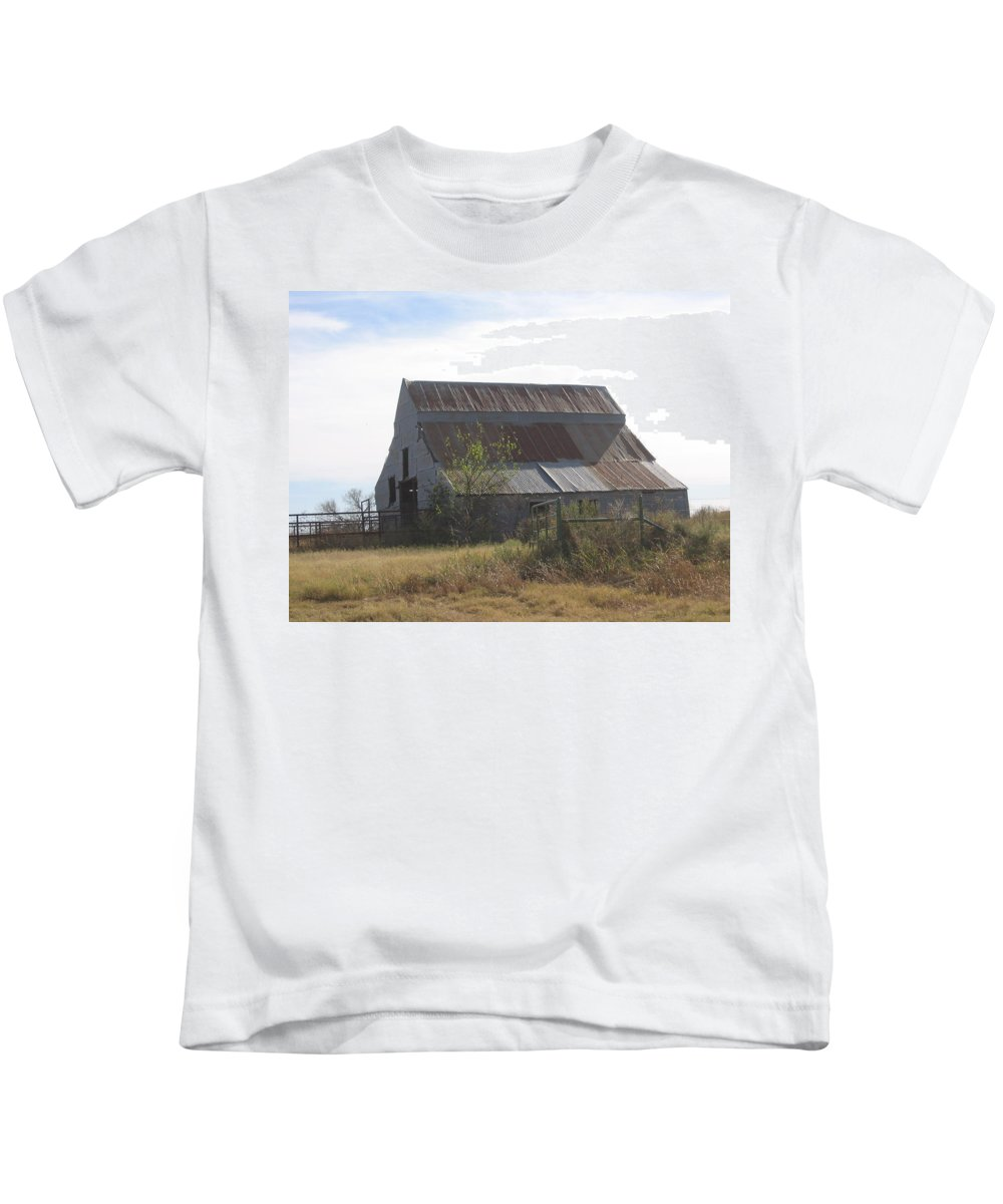 Kids T-Shirt featuring the photograph Rusted Barn by Amy Hosp