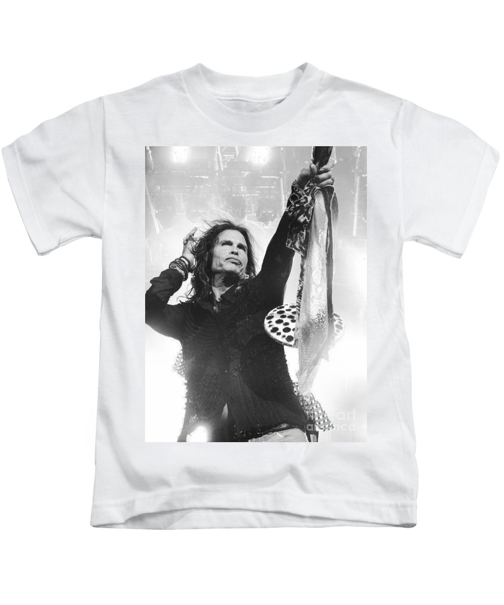 Steven Tyler Kids T-Shirt featuring the photograph Steven Tyler by Traci Cottingham