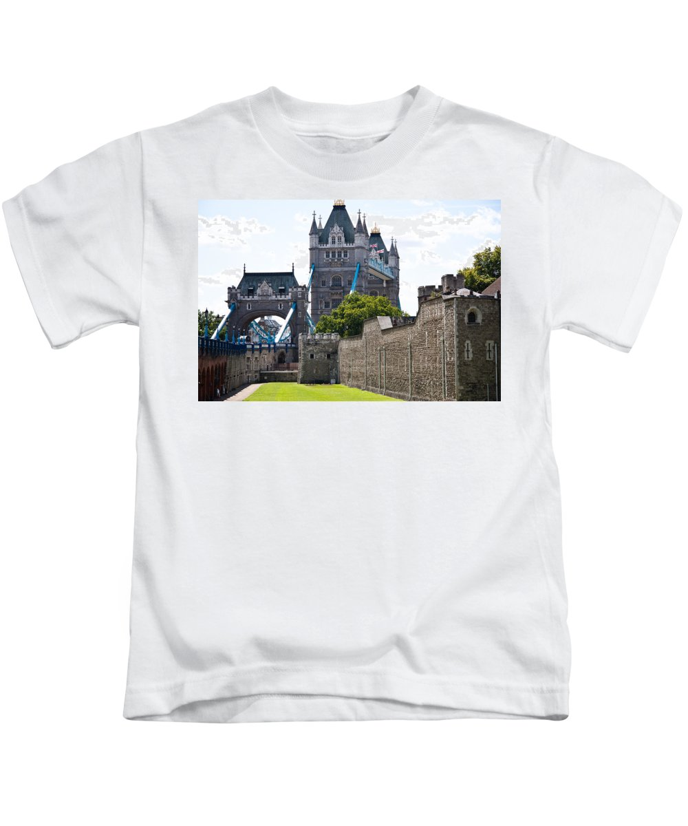 Tower Of London Kids T-Shirt featuring the photograph Tower Tower by Dawn OConnor