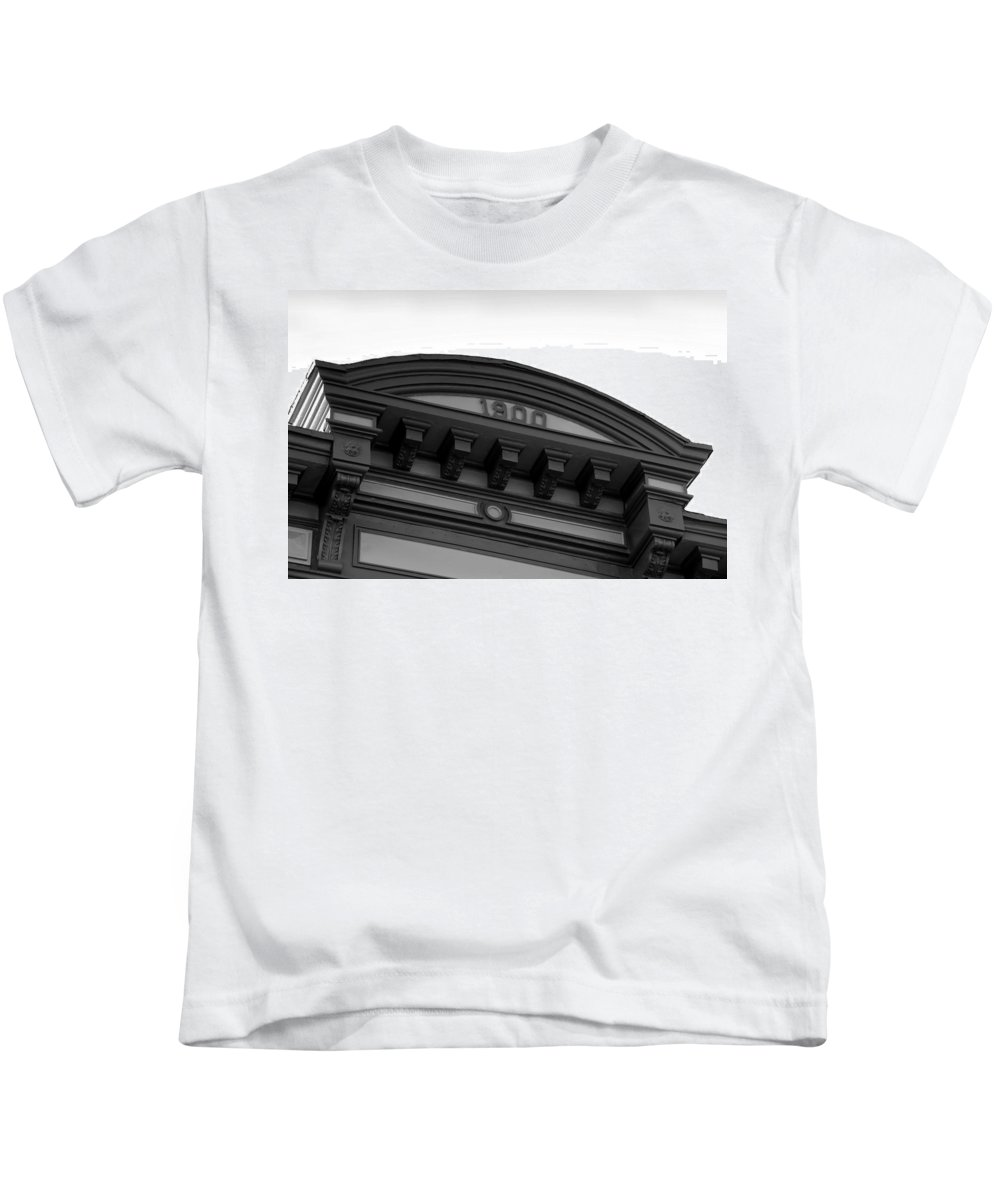 1900.architecture Kids T-Shirt featuring the photograph 1900 by David Lee Thompson