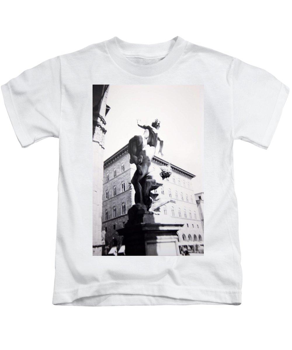 Florence Kids T-Shirt featuring the photograph Palazzo Vecchio by Kurt Hausmann