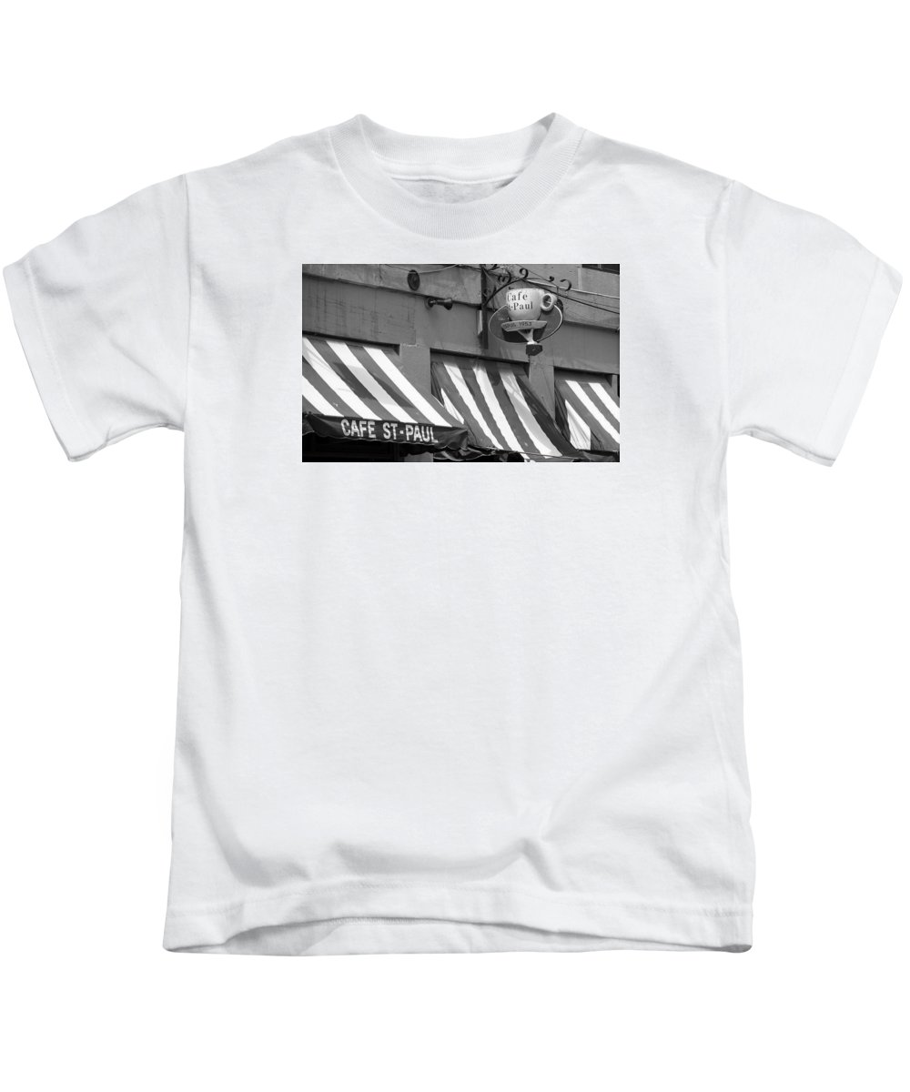 America Kids T-Shirt featuring the photograph Cafe St. Paul - Montreal by Frank Romeo