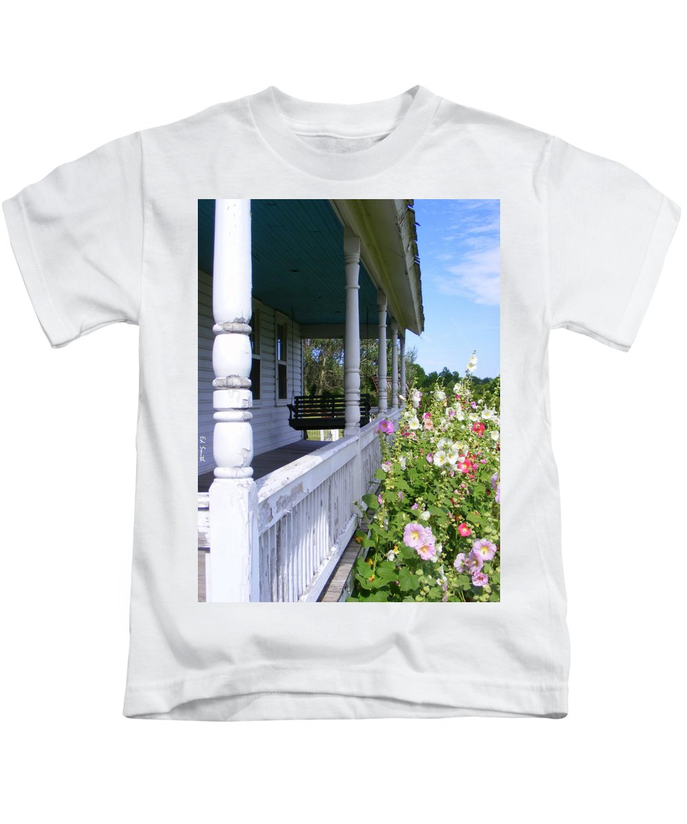 Amish Porch Kids T-Shirt featuring the photograph Amish Porch by Edward Smith