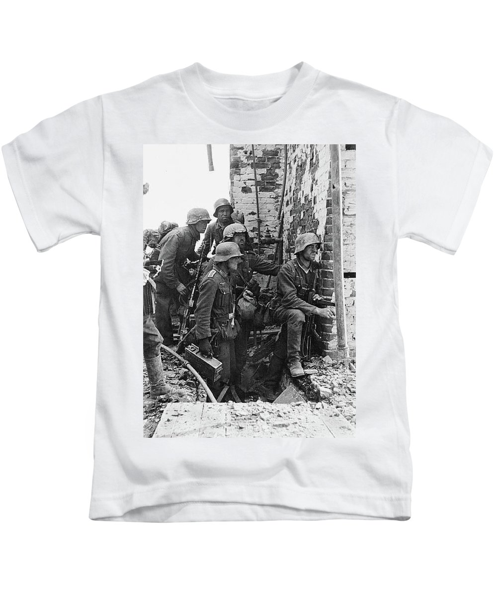 Battle Of Stalingrad Nazi Infantry Street Fighting 1942 Kids T-Shirt featuring the photograph Battle Of Stalingrad Nazi Infantry Street Fighting 1942 by David Lee Guss