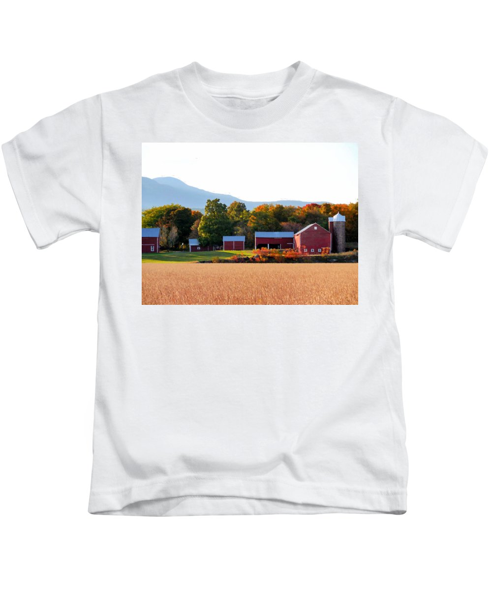 Beautiful Red Barn Kids T-Shirt featuring the painting Beautiful Red Barn 4 by Jeelan Clark