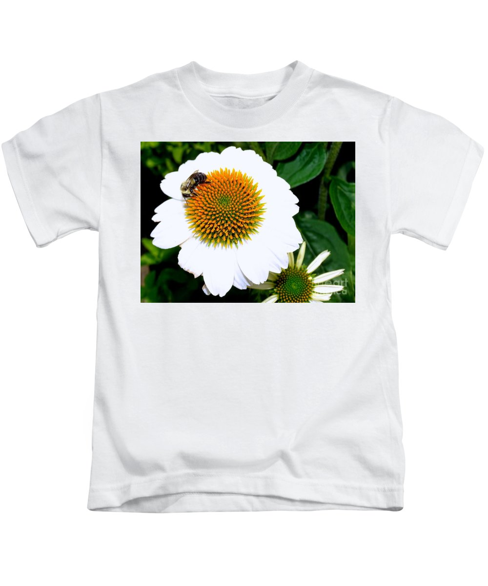 Nature Kids T-Shirt featuring the photograph Beauty And The Bee #2 by Ed Weidman