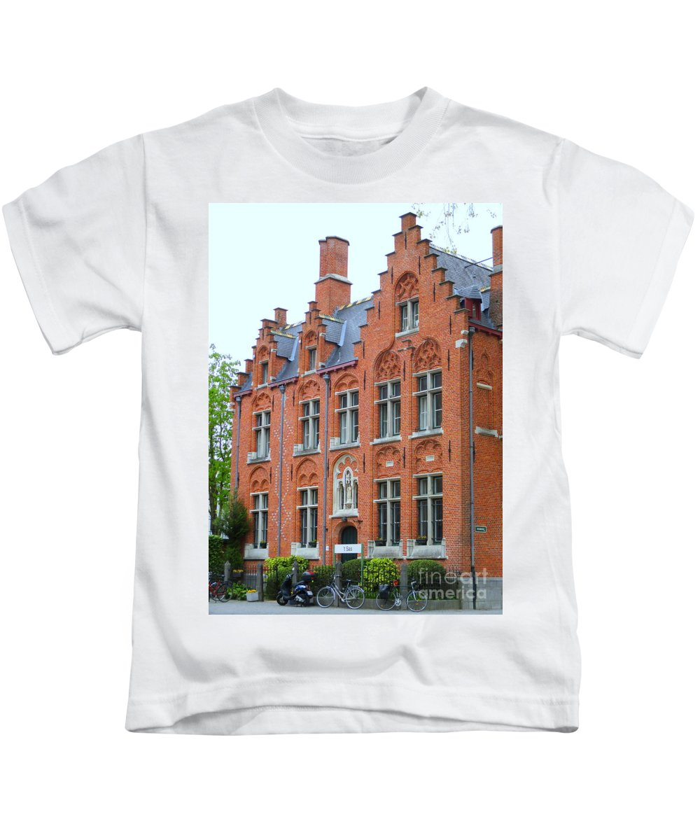 Bruges Kids T-Shirt featuring the photograph Bruges Sashuis 3 by Randall Weidner