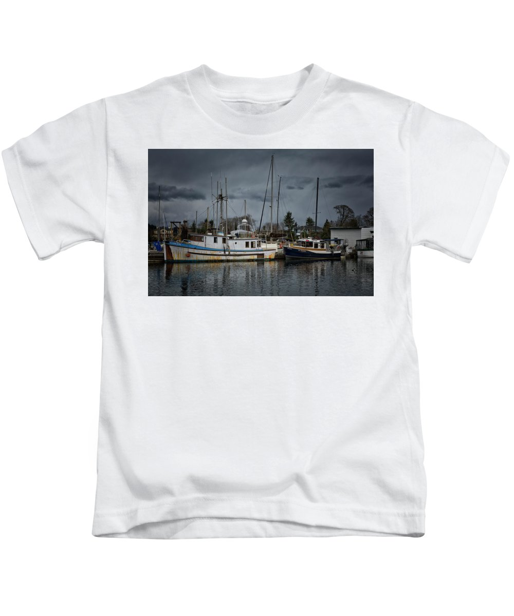 Camjim Kids T-Shirt featuring the photograph Camjim by Randy Hall