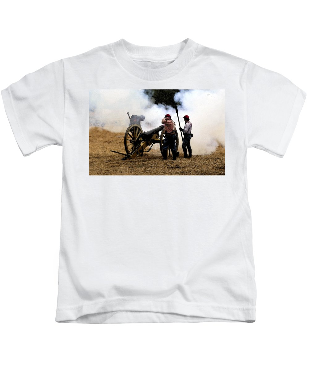 Civil War Kids T-Shirt featuring the painting Cannon Fire by David Lee Thompson