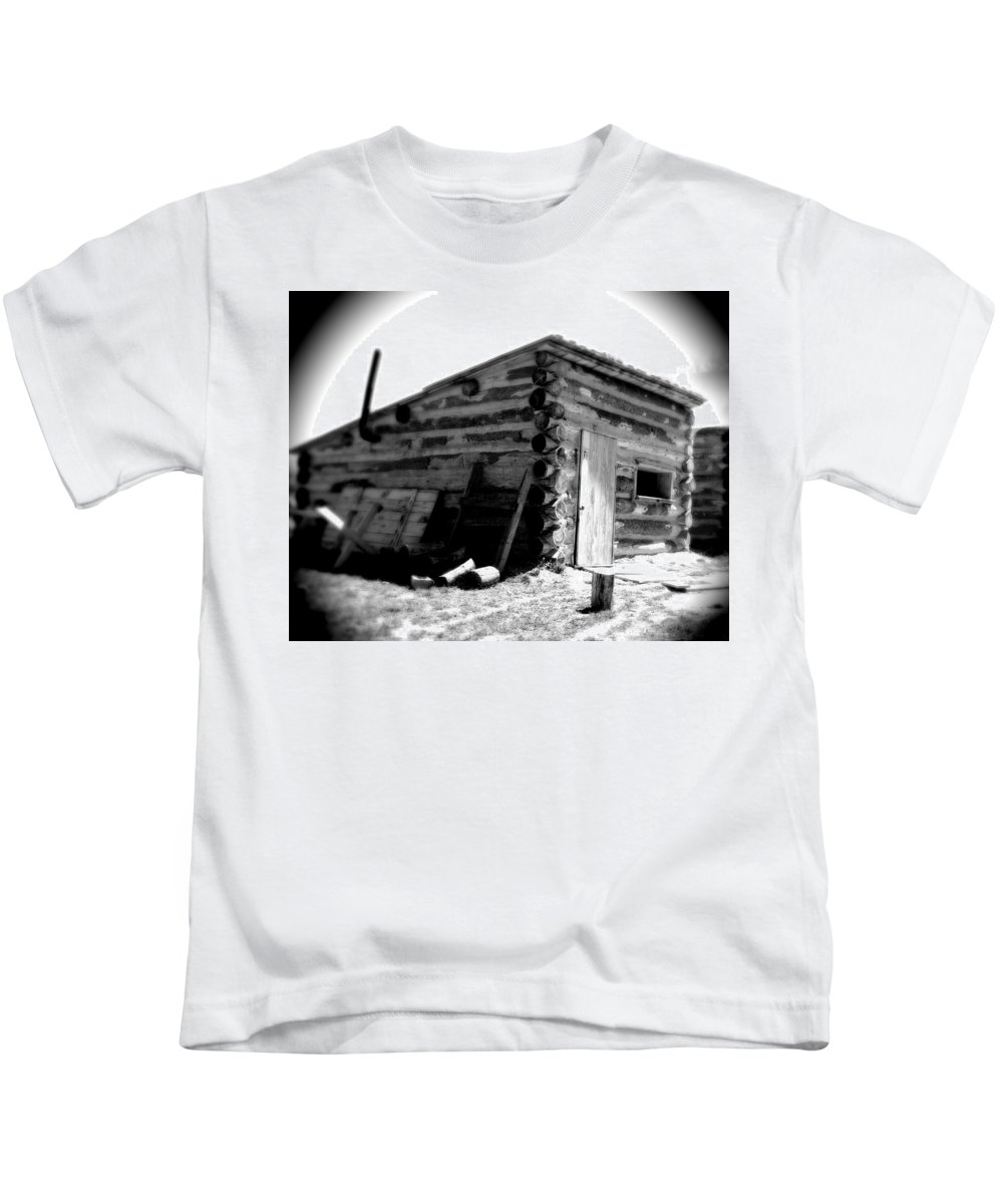 Army Kids T-Shirt featuring the photograph Civil War Cabin 1 Army Heritage Education Center by Jean Macaluso