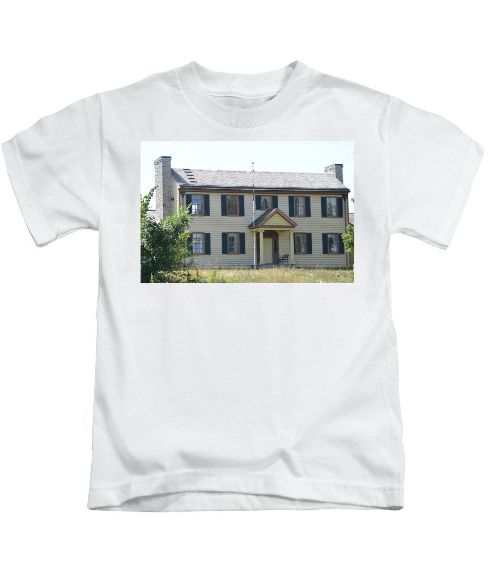 Colonel Davenport House Kids T-Shirt featuring the photograph Colonel Davenport House by Tammy Mutka