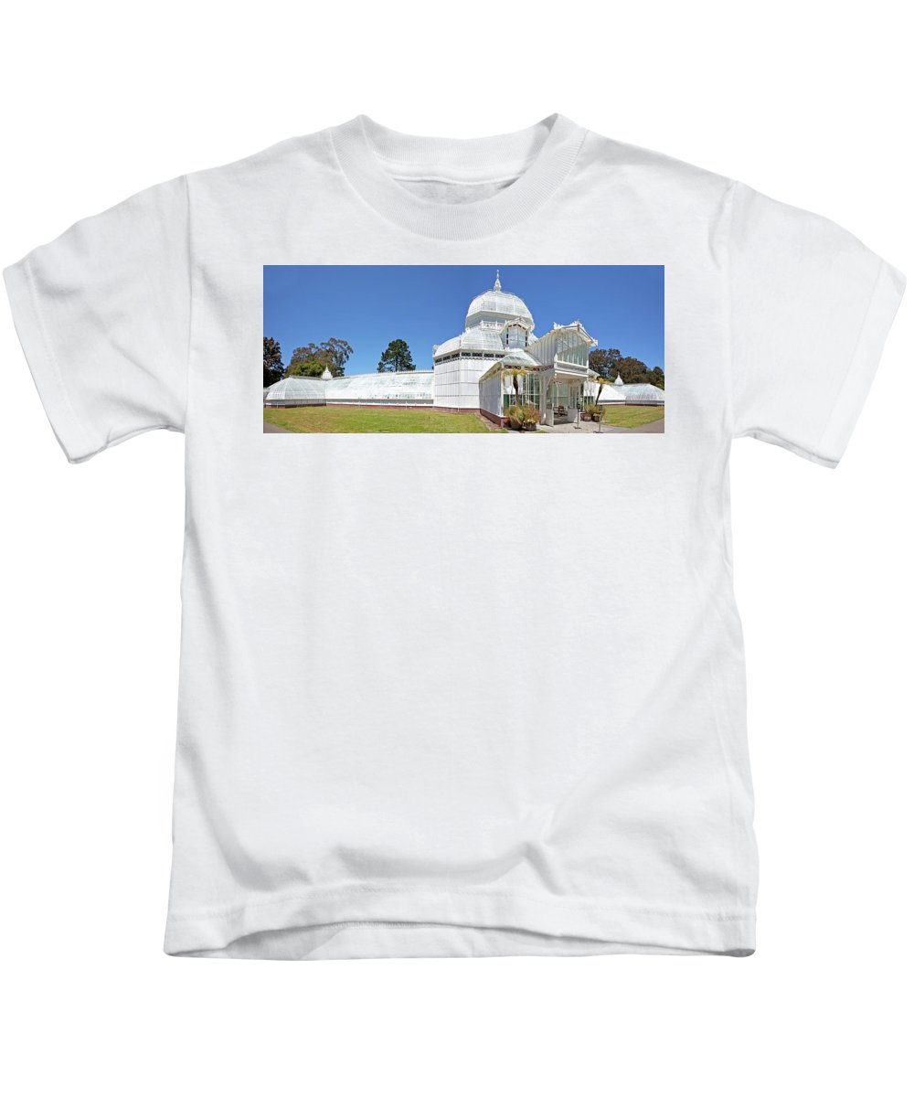 San Francisco Kids T-Shirt featuring the photograph Conservatory Of Flowers by Noel Baebler