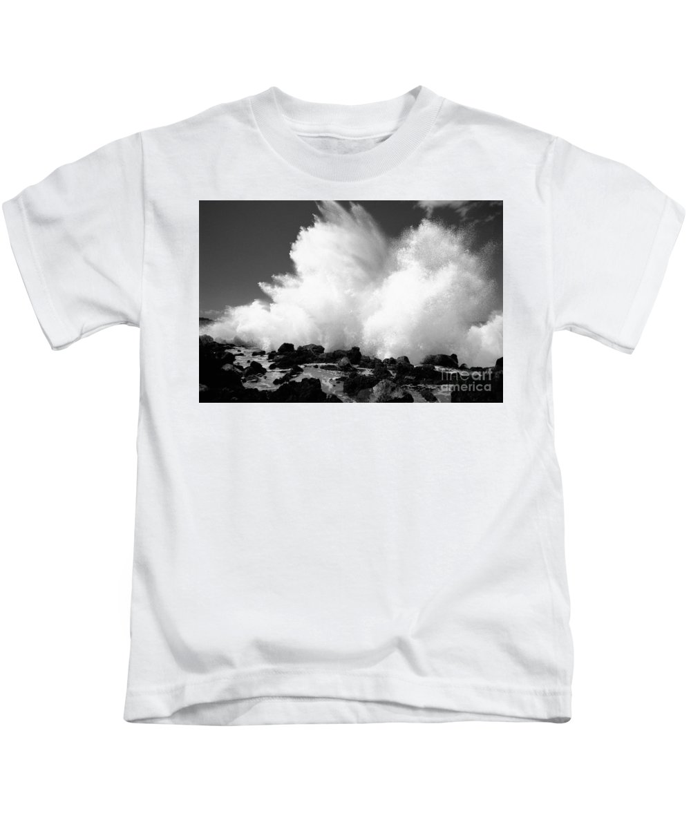 Active Kids T-Shirt featuring the photograph Crashing Wave - Bw by Dana Edmunds - Printscapes