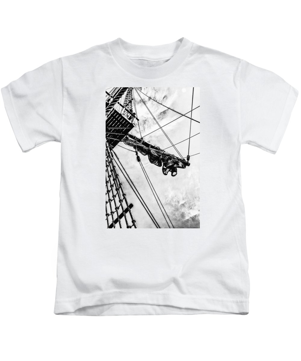 Boats Kids T-Shirt featuring the photograph Crows Nest by Karen Hanley Colbert