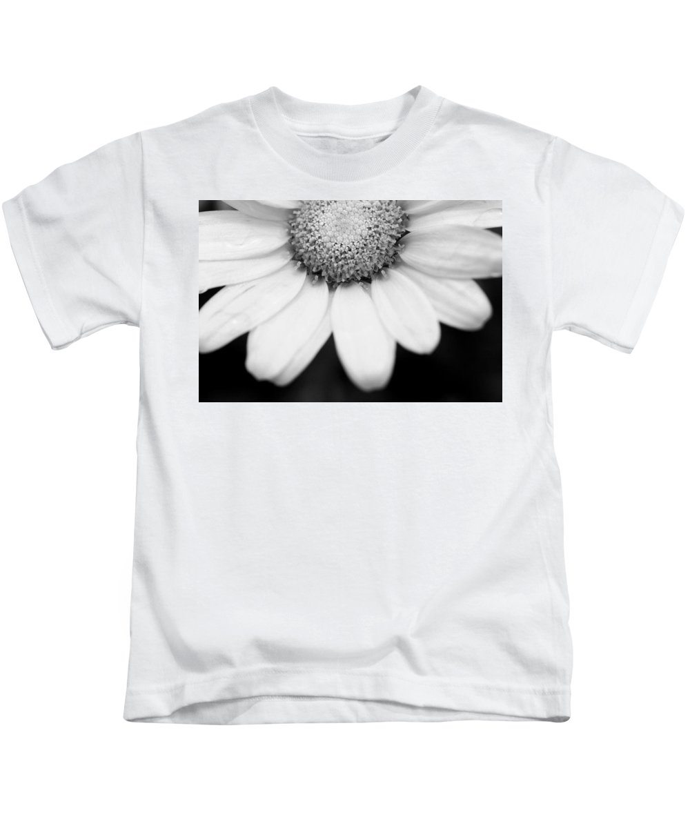 Flower Kids T-Shirt featuring the photograph Daisy Smile - Black And White by Angela Rath