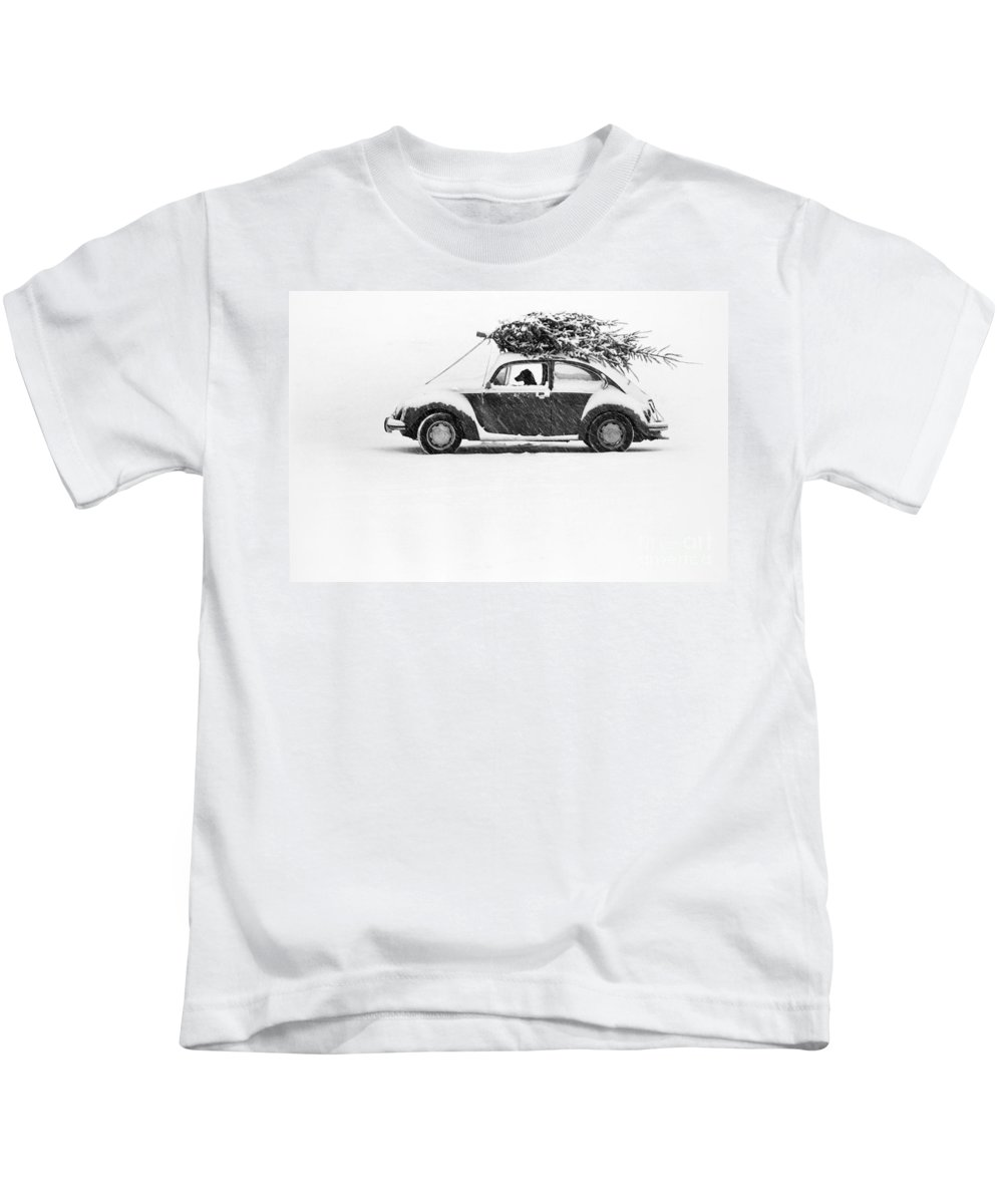 Animal Kids T-Shirt featuring the photograph Dog In Car by Ulrike Welsch and Photo Researchers